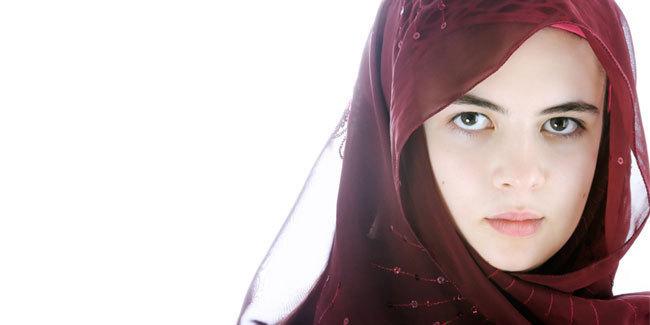 23259-tips-supaya-kulit-kepala-tetap-sehat-untuk-hijaber-024620