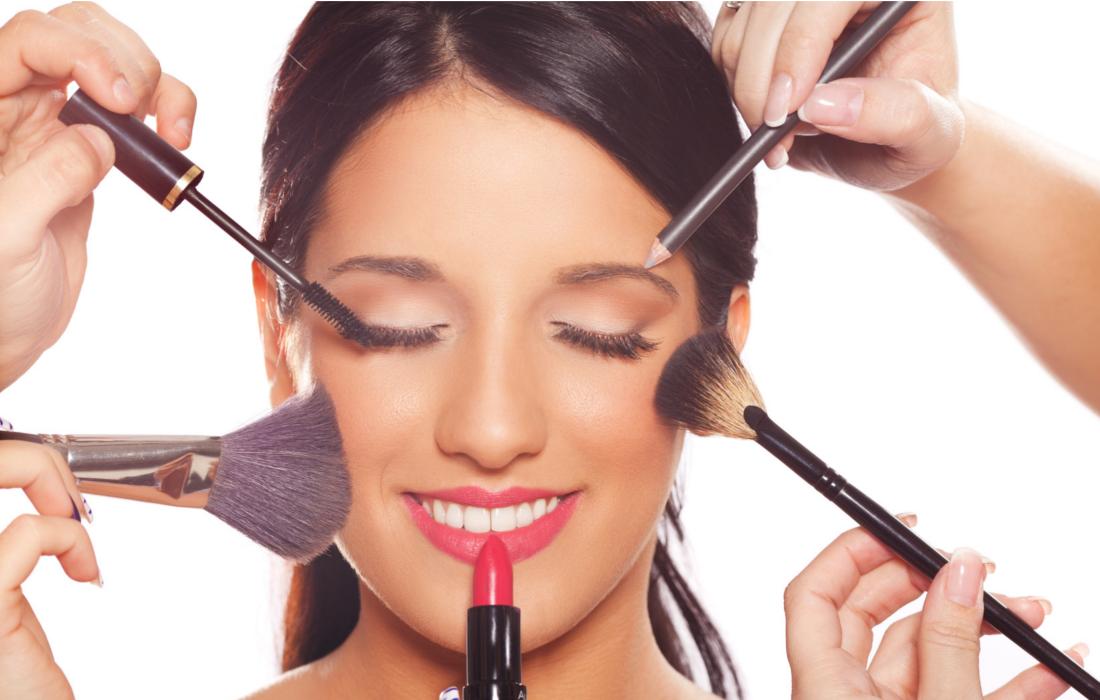 Berbagai Hal yang Harus Anda Perhatikan Jika Sering Menggunakan Produk Kosmetik