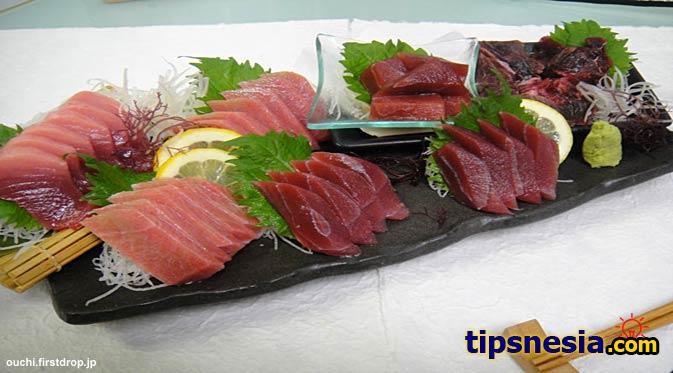 makanan ikan mentah jepang