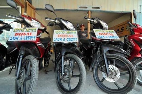 sepeda motor bekas