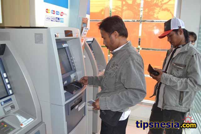 transaksi di ATM